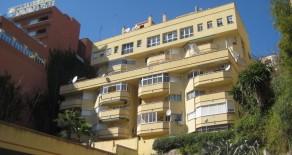 715.- Dos dormitorios en Bajondillo (V.P.O.)