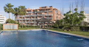 783.- Three bedroomed apartment close to the golf course in Playamar